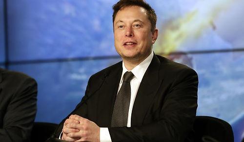 Elon Musk, Tesla'nın Model S Plaid Plus'ı iptal ettiğini söyledi