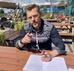 Grappige Zaken gaat Max van den Burg vertegenwoordigen