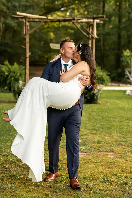 Paula and Dakota get married at The Mackey House in Savannah, Georgia.