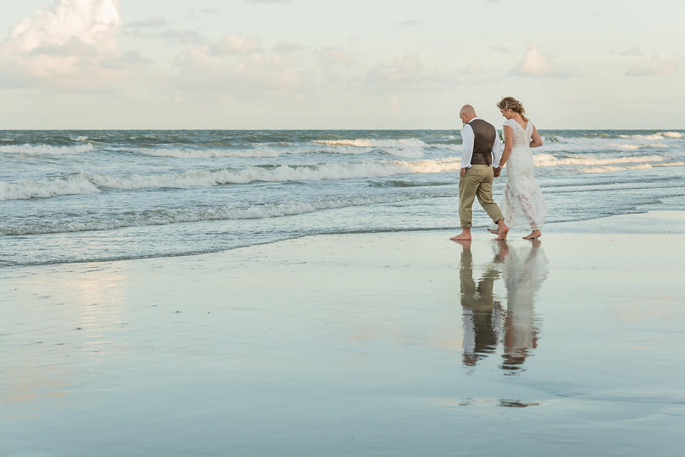 Beth and Jeff get married at Hilton Head Marriott Resort & Spa.