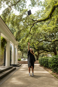 Ashley's senior portraits in Forsyth Park in Savannah, Georgia.