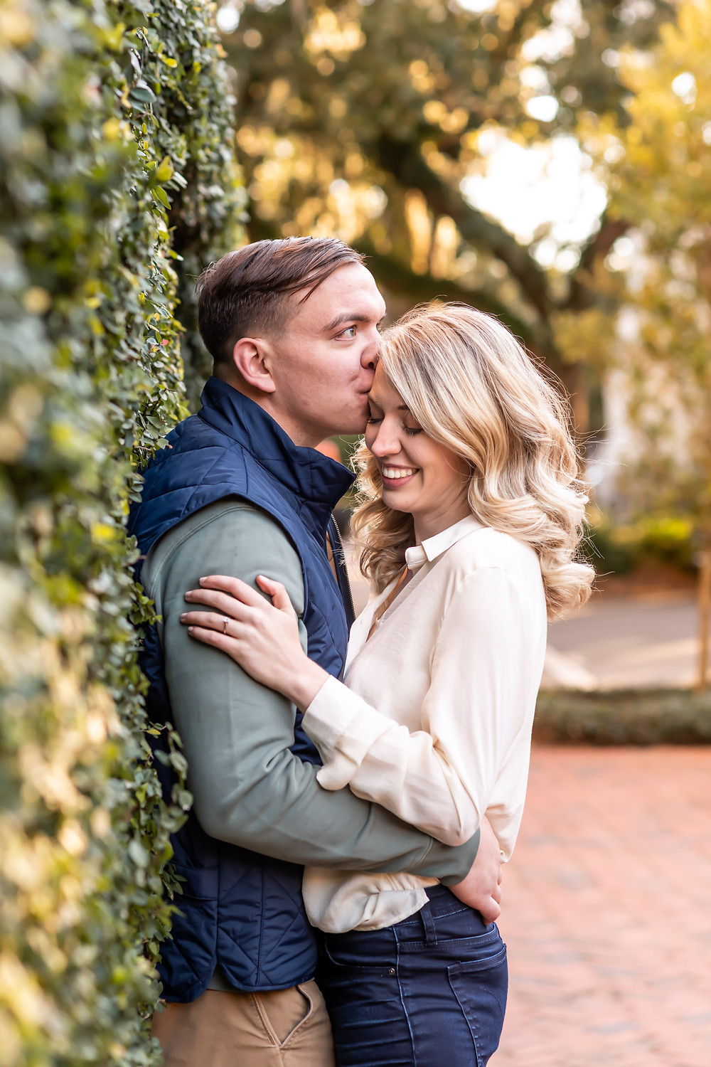 Lindsey and Jeff's engagement session on Jones Street and Forsyth Park in downtown Savannah, Georgia.