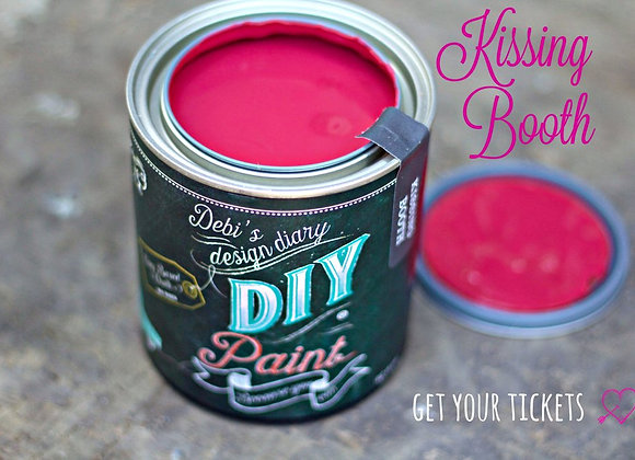 DIY Paint - Kissing Booth