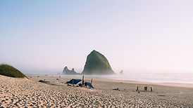 united-states-cannon-beach-oregon-pnw.jp