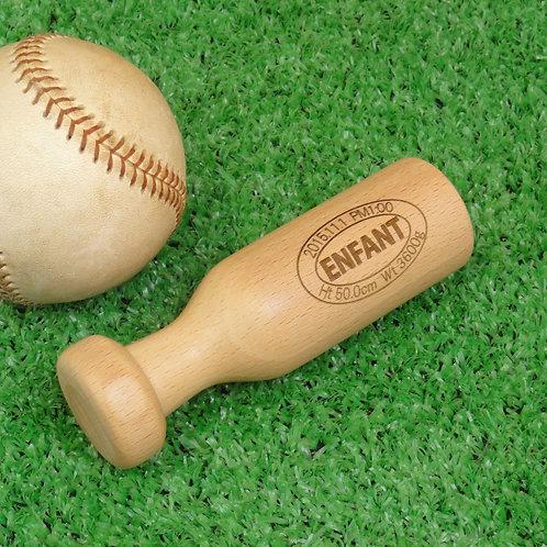 野球人への出産祝いに最適なバットのがらがら