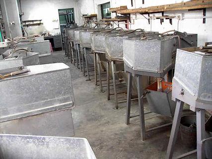 Opal slicing machine,opal cutter, opal triplet, opal doublet, opal, hang fong, company, cutting opal, opal jewellery, 恆豐, opal manufacturer, Opal wholesale