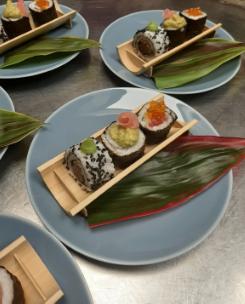 Mixed Maki Starter plate - sushi.png