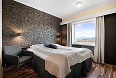 Hotel room (from booking.com).jpg