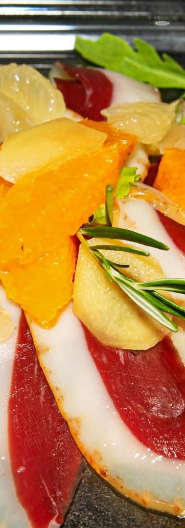 Petto d'anatra affumicato con arance e zenzero