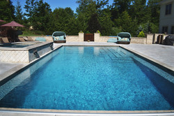 Pool with raised spa