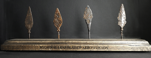 MEDIEVAL LEAF-BLADED ARROWHEAD COLLECTION