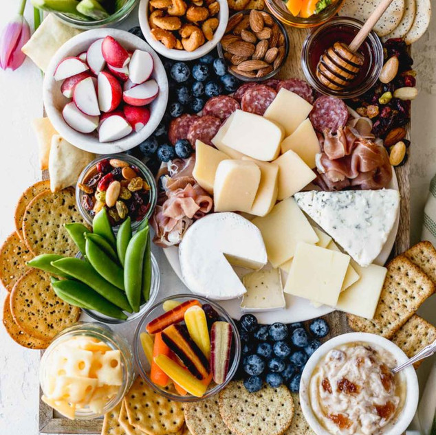 ULTIMATE-ALDI-CHEESE-BOARD-8-768x1152.jp