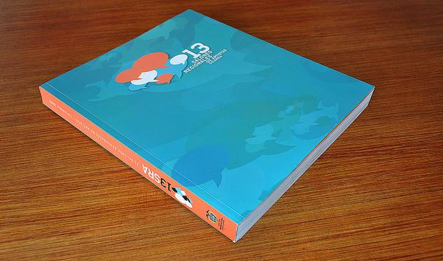 Diseño diagramación y concepto editorial de catálogo del 13 Salones Regionales de Artistas