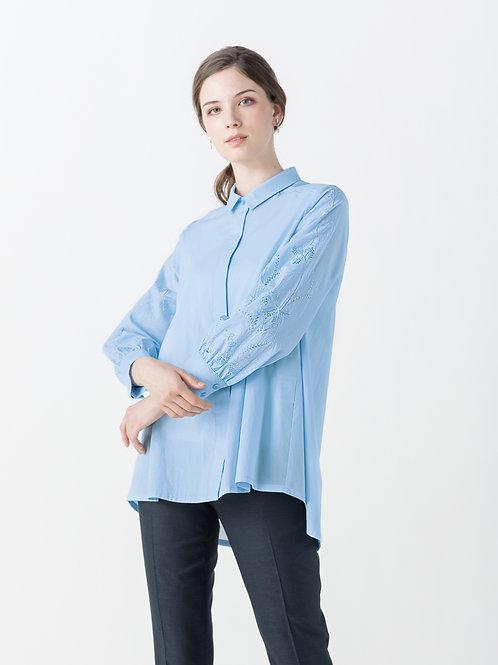 【Lサイズ】刺繍入り長袖ブラウスの複製