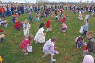 16_ Community Easter Egg Hunt.jpg