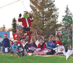 32_christmas parade.jpg