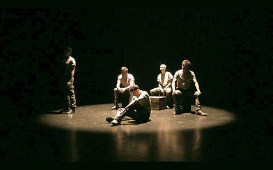 Les Oubliés_Theatre de l_Uchronie (2)_edited.jpg