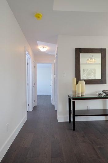 11 Hallway.jpg