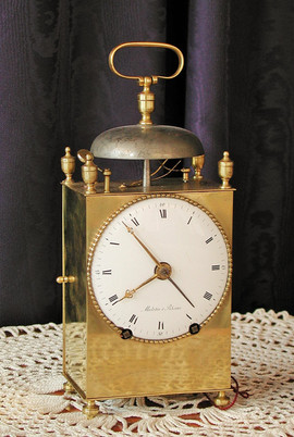 Capucine clock
