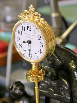 French mystery clock