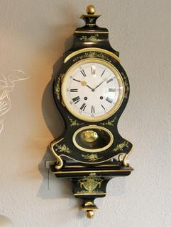 1820 Guichet séparé Swiss Neuchatel clock