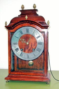 Josué Robert Clockmaker to the King Swiss Louis XIII clock