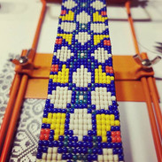 Sigo tejiendo 💘_._._#telar #chaquiras #