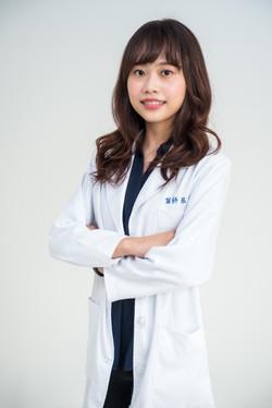 女性醫師形象照