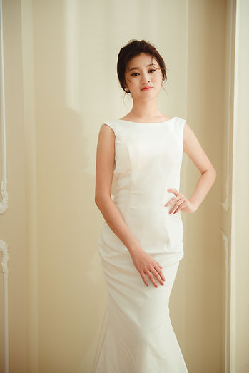 圓領直筒婚紗 │ 台中婚紗禮服,台中美式婚紗禮服,那一刻北歐婚紗
