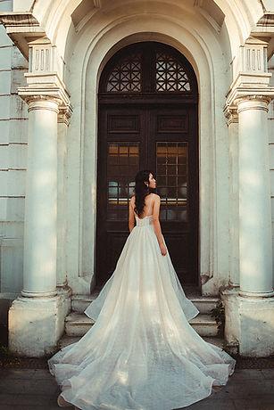 拖尾白紗 │ 台中婚紗價格,台中婚紗攝影費用,台中婚紗包套,那一刻北歐婚紗