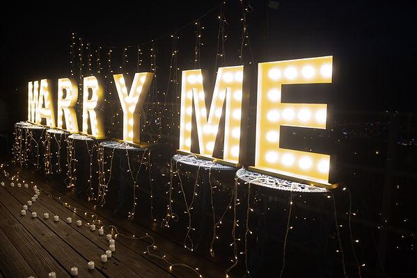 台中夜景餐廳求婚佈置-小燈串