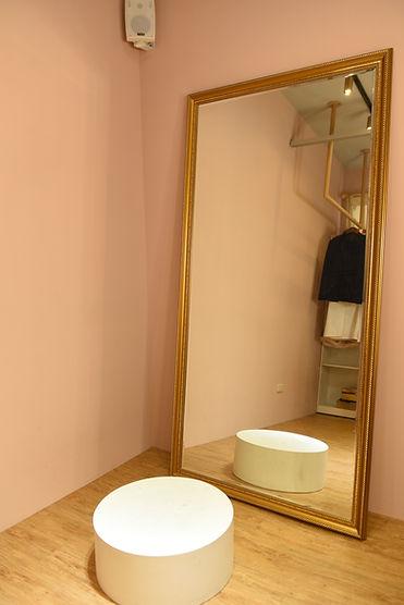 孕婦寫真造型間落地全身鏡 │ 隱私,獨立空間,台中孕婦寫真方案