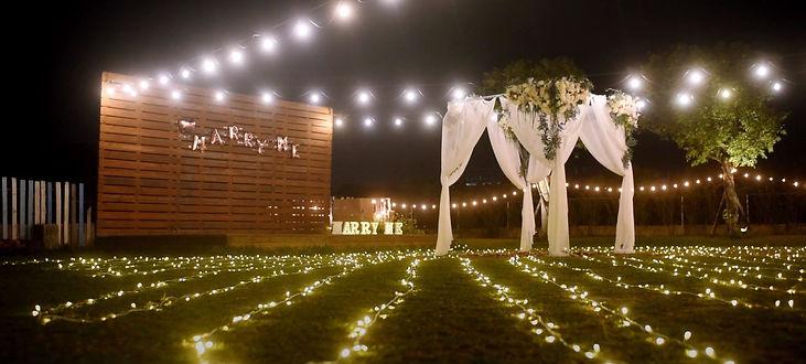 台中草地餐廳求婚佈置-小燈串,台中求婚布置推薦、新竹求婚布置推薦、南投求婚布置推薦、墾丁求婚布置推薦、高雄求婚布置推薦、台北求婚布置、台中求婚企劃