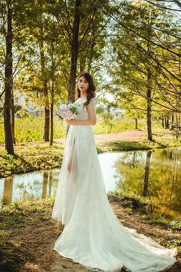開衩高腰婚紗 │ 台中婚紗禮服出租,命定款婚紗,那一刻北歐婚紗