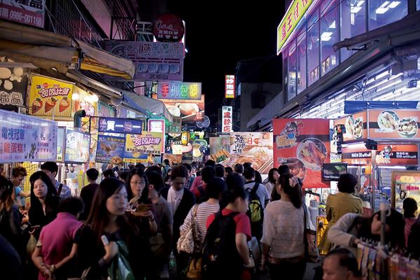 Fengjia Night Market in Taichung │Marriage Proposal, Taichung, Taiwan