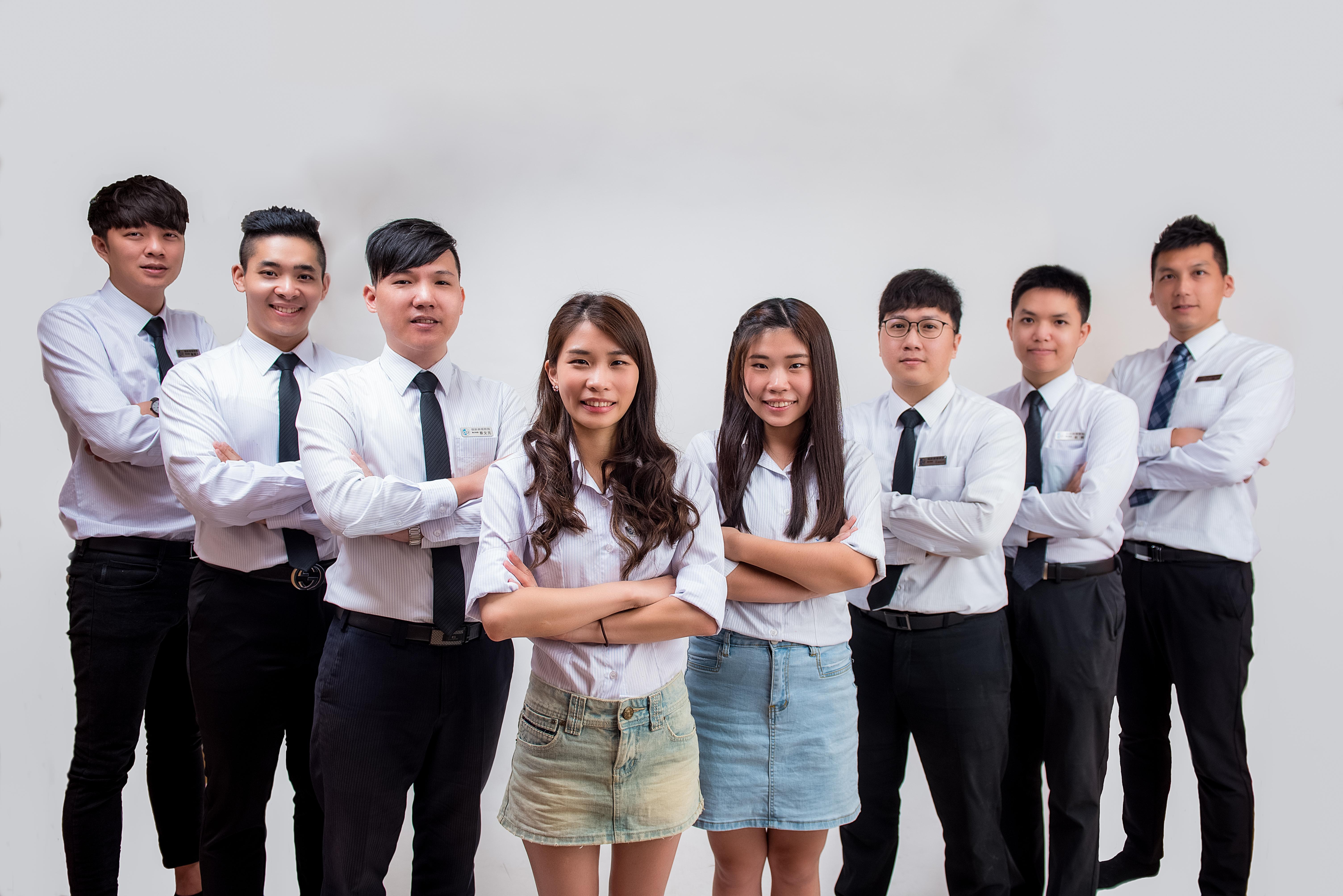台中英文補習班教師團體形象照