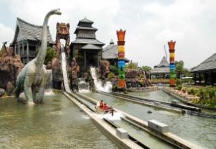 新竹求婚景點-六福村設施