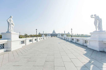 bridge of Chimei Museum │ Marriage Proposal in Taiwan, Photography, Price, Suggestion