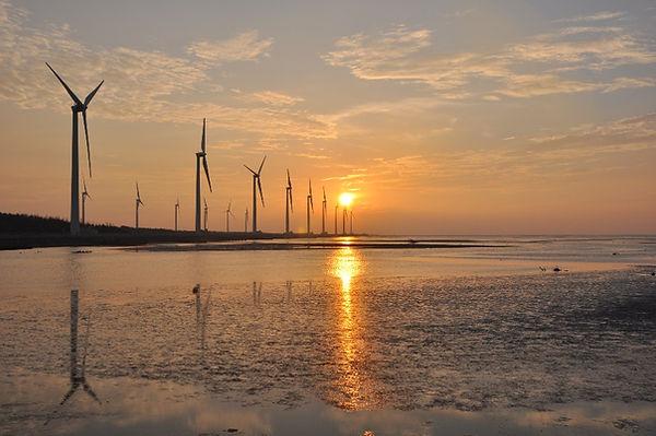 Gaomei Wetlands in Taichung│ Taiwan Marriage Proposal, sunset, Taichung