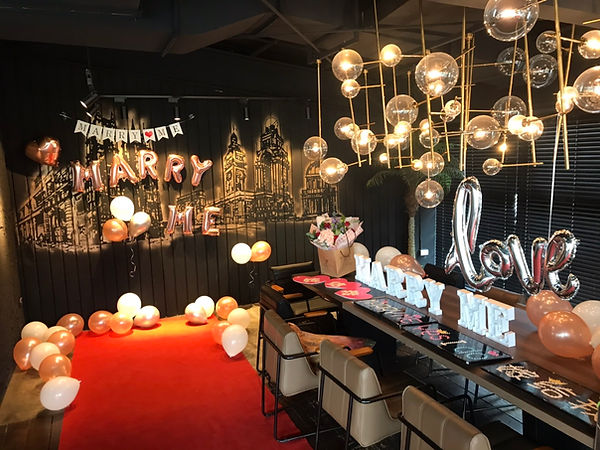餐廳求婚佈置-乳膠氣球
