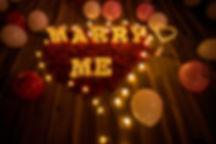 浪漫愛心花瓣求婚佈置