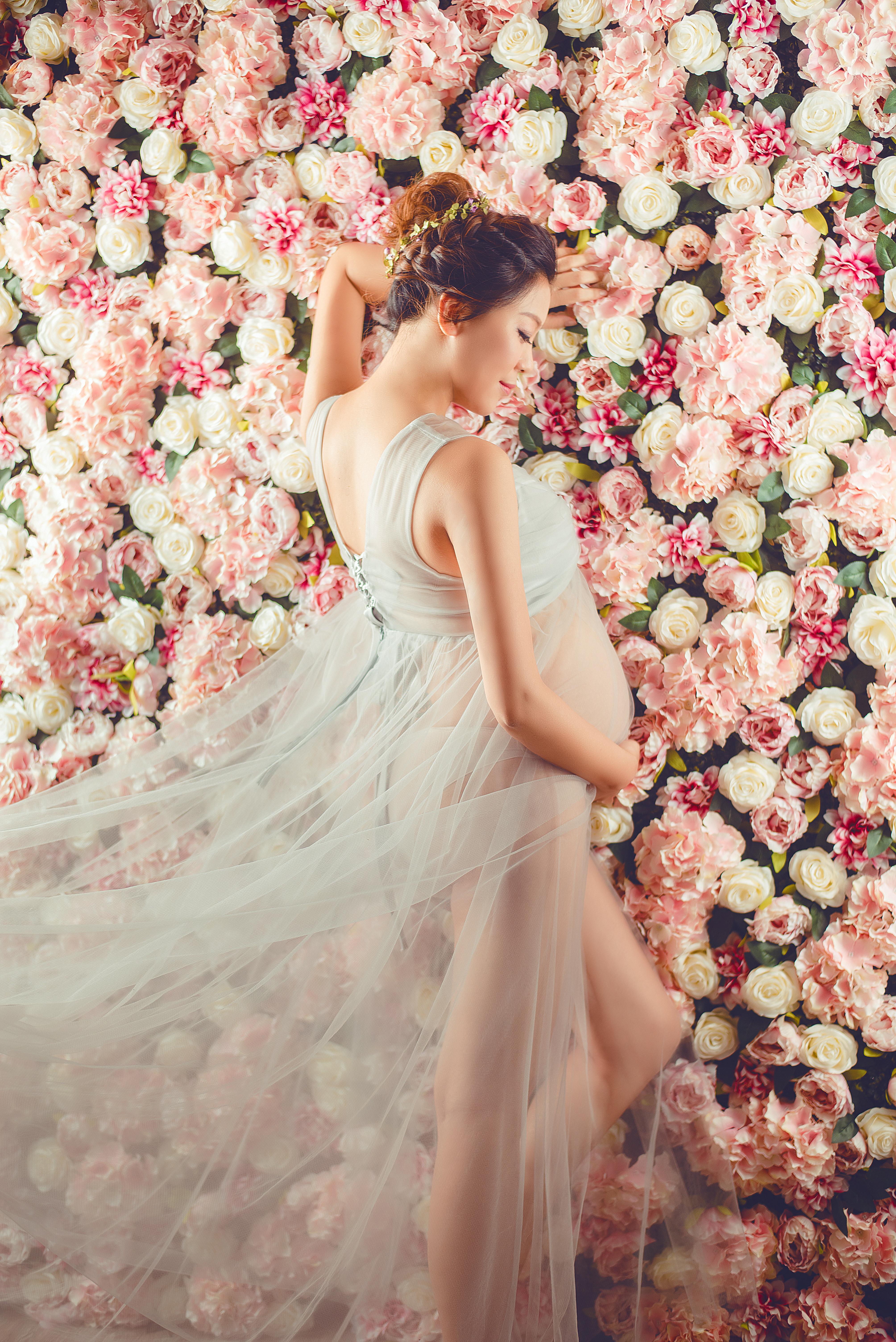 台中花牆孕婦寫真, 台中孕婦花叢超美, 台中孕婦唯美花牆