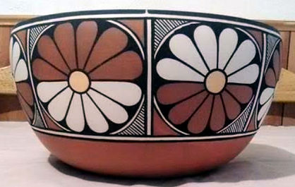 JC Daisy Bowl closeup detail.jpg