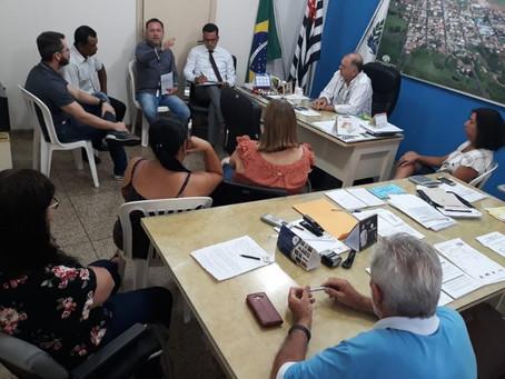 """Prefeito de """"Duas Pontes"""" se recusa a dar reajuste e Sindicato dos Servidores deve ir ao Ministério"""