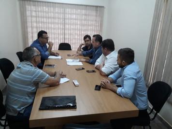 Sindicato se reúne com prefeitura de Rubinéia para discutir reposição salarial