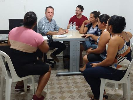 """Sindicato recebe servidoras de """"Duas Pontes"""" para esclarecer dúvidas sobre direitos trabalhistas"""