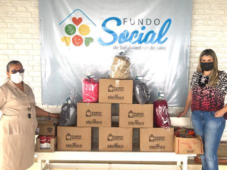 Fundo Social entrega cobertores para UPA e Casa de Apoio ao Migrante