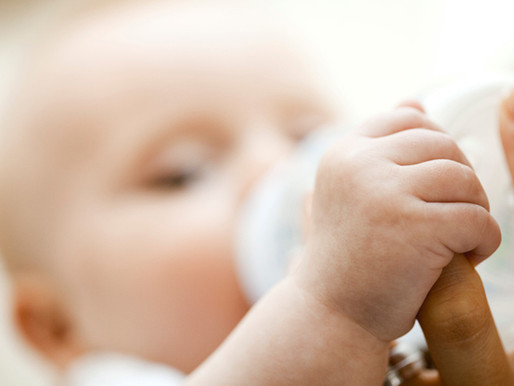 How Choosing the Right Bottle Can Help With Baby's Indigestion