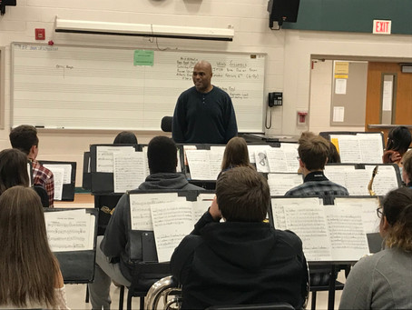Guest Conductor Visits Clearview in Preparation for Festival