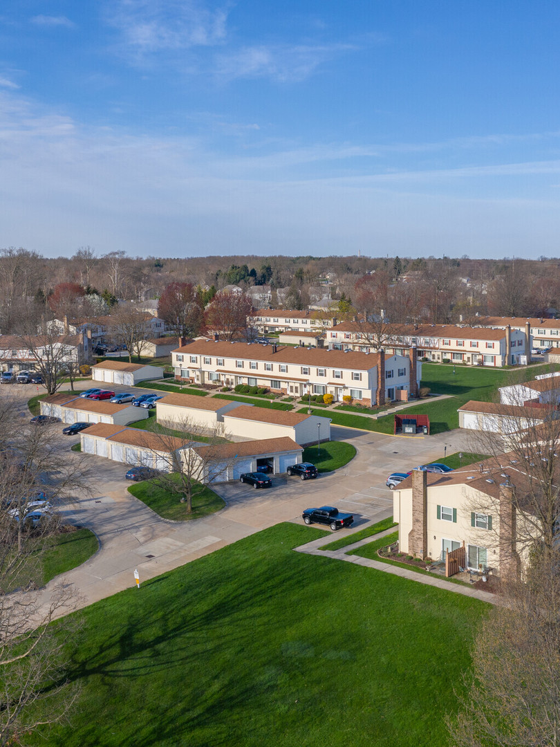 huntington-hills-apartments-stow-oh-buil